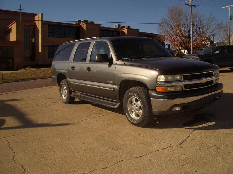 2000 Used Chevrolet Suburban LS (2X4 -- 8 passenger)