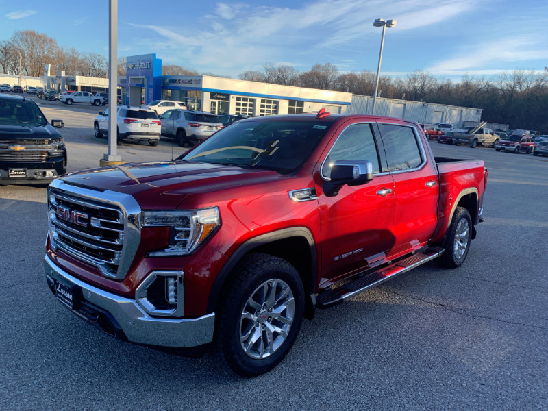 New 2020 GMC SIERRA K1500 SLT