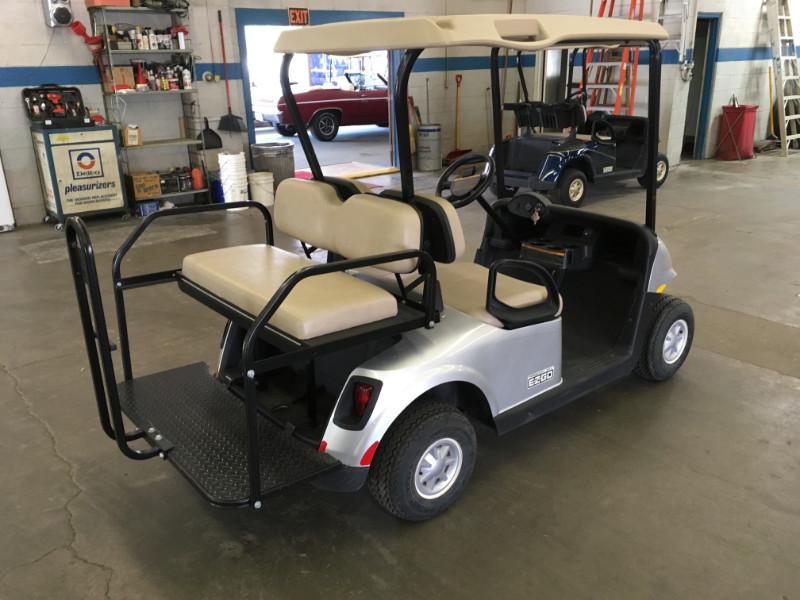 2016 EZGO RXV Freedom Electric Golf Cart Beatrice NE - Drewel's Used  Penger Golf Cart E Z Go Freedom on