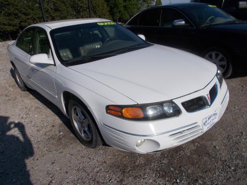 2000 Pontiac Bonneville 4dr Sdn SE