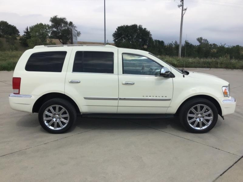 Used 2007 Chrysler Aspen Limited