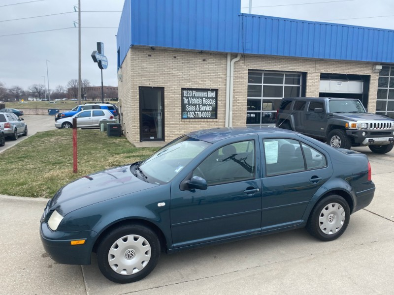 Used 2002 Volkswagen Jetta Sedan GLS