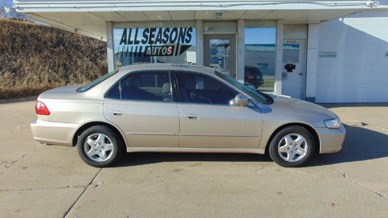 Used 2000 Honda Accord Sdn EX w/Leather