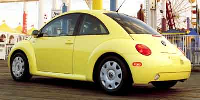 2001 Volkswagen New Beetle 2dr Cpe GLS Manual 5 speed, bright yellow, no rust or dents.