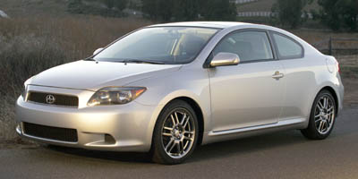 2006 Scion tC 3dr HB Auto (Natl) runs and drives perfect,damage on right rear quarter