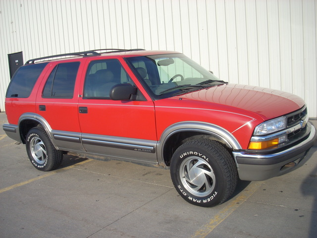 1999 Chevrolet Blazer LT leatherred4x4runs great SUV Lincoln NE