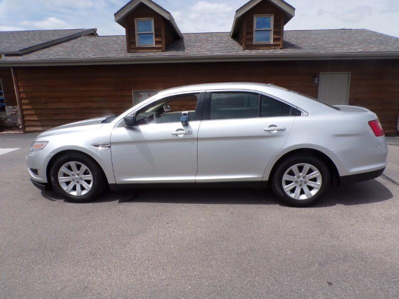 Used 2012 Ford Taurus SE
