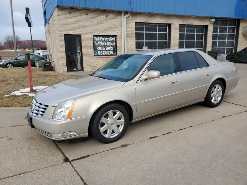 Used 2008 Cadillac DTS w/1SA