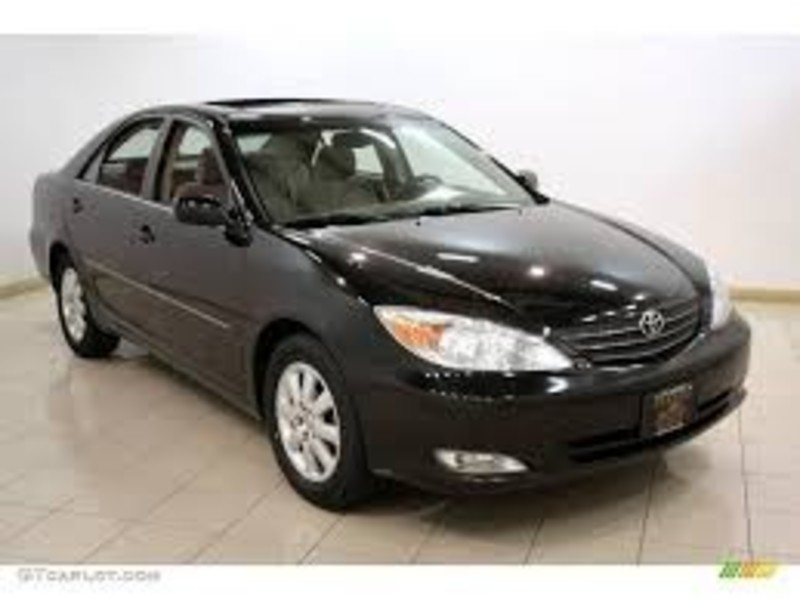 Used 2004 Toyota Camry XLE