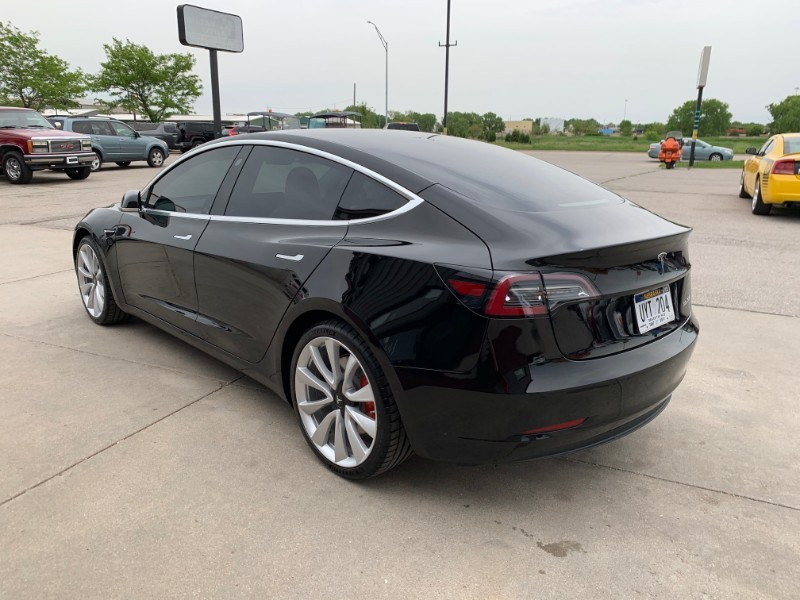 2019 Tesla Model 3 Performance Dual Motor Performance