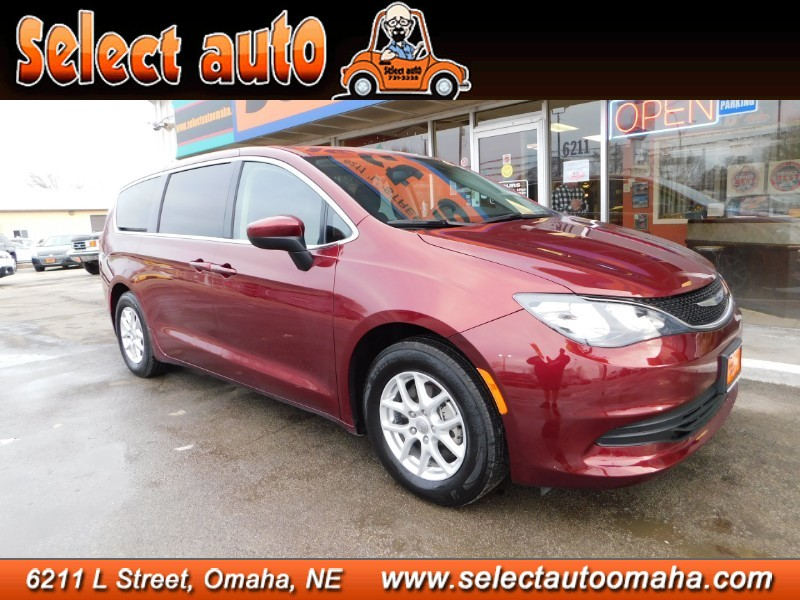 Used 2019 Chrysler Pacifica Touring
